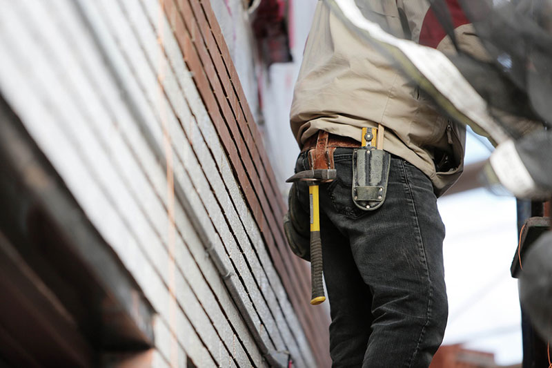 Image of a home contractor.